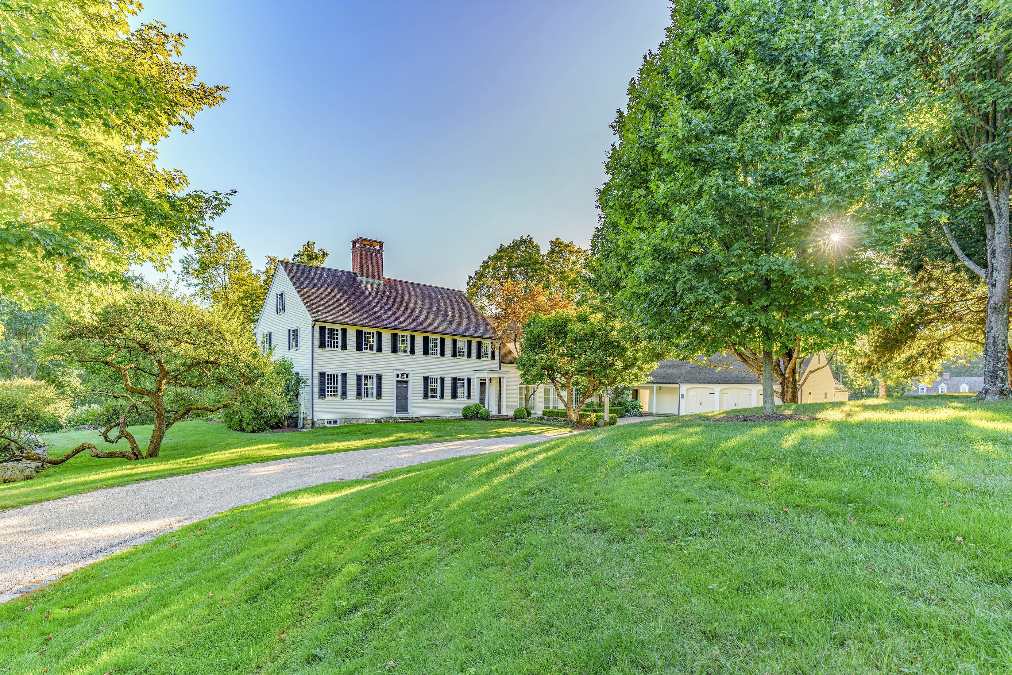 """c.1820 """"Warner House"""" on 50+ Prime View Acres"""