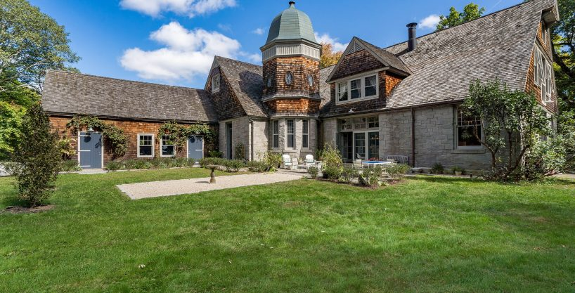 c.1884 European-styled Converted Barn & Carriage House
