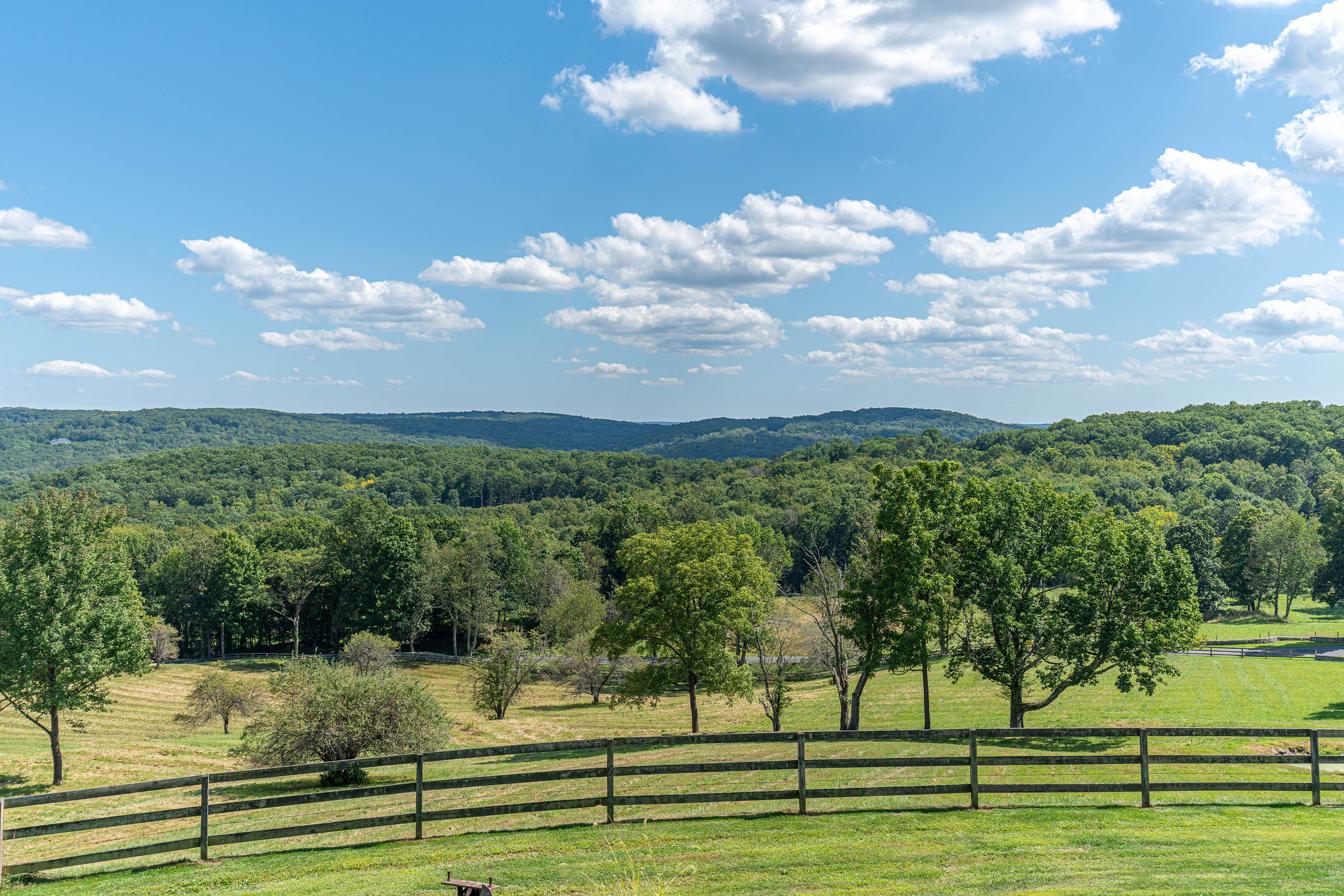 Building Site: 30± Acres Unencumbered with 240° Views