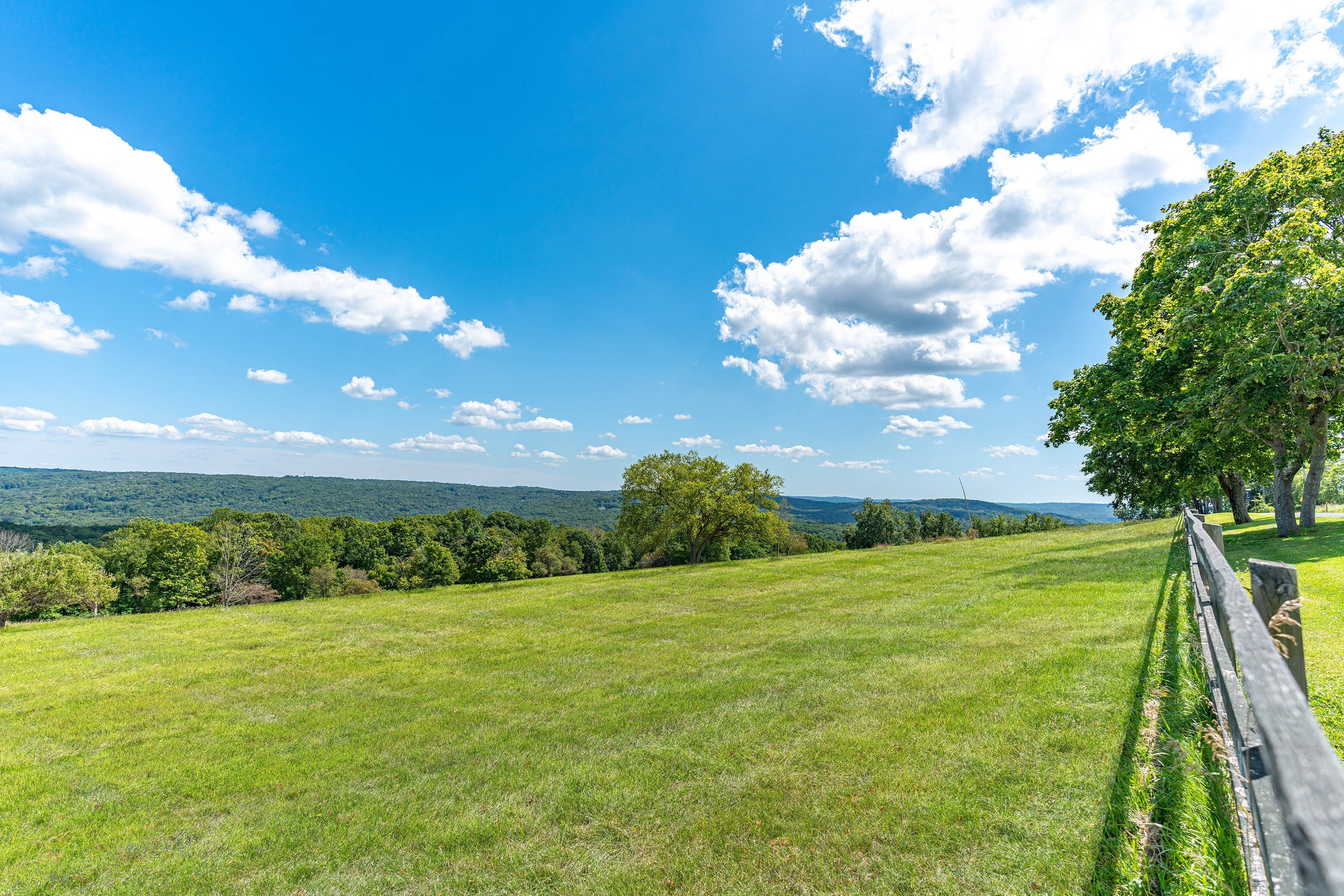Building Site: 50± Acres with Unobstructed Views